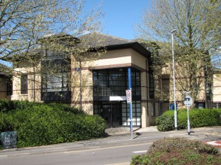 PROMINENT NEWMARKET ROAD OFFICES AT SIGNET COURT