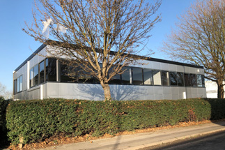 UPDATED OFFICE SUITE CLOSE TO NEWMARKET ROAD TO LET